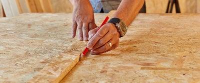 42.Measuring_timber.jpeg