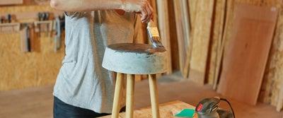 31.Concrete_Stool_Sealing_With_Varnish.jpeg