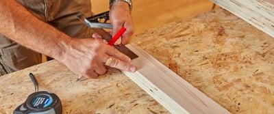 25.Measuring_timber.jpeg