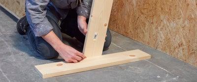 2.Measuring_timber.jpeg