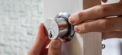 19-How-To-Fit-Door-Locks-Rim-Cylinder-5.jpeg