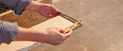 3.Preparing_timber.jpeg