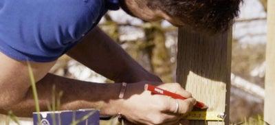 10.Installing_fence.jpeg