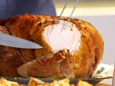 Slicing_turkey
