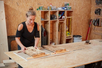 Use timber offcuts to raise up your pieces of wood