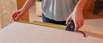 18.Measuring_timber.jpeg
