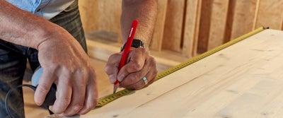 7._Measuring_and_marking_timber.jpg