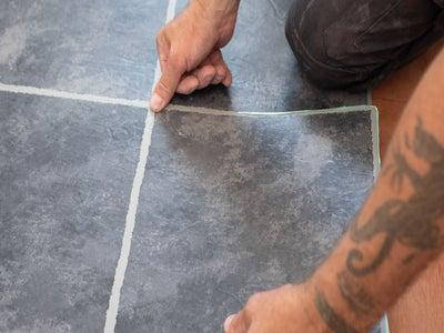lay-vinyl-carpet-tiles.jpg