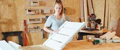 13.Handling_timber.jpeg
