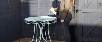 Painting_Garden_Furniture.jpeg