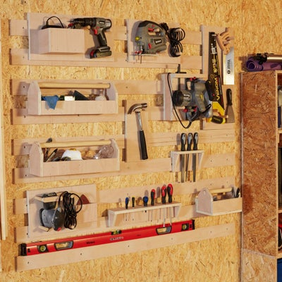 Wall_mounted_tools
