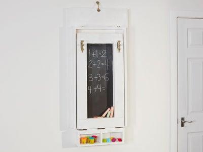 92.Chalkboard_on_wall.jpeg