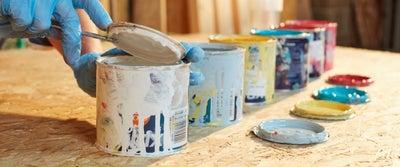 14.Preparing_paint_pots.jpeg