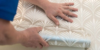 Silver_wallpaper_roll