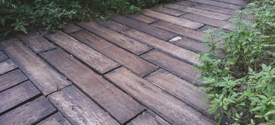 Outdoor_wooden_flooring.jpeg
