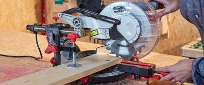 5.Cutting_timber.jpeg