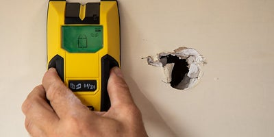 8.How-To-Repair-Walls-Small-Hole-1.jpeg