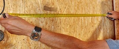 1.Measuring_timber.jpeg