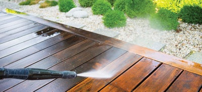 5.Cleaning_decking.jpeg