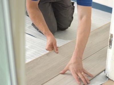 lay-laminate-flooring.jpg