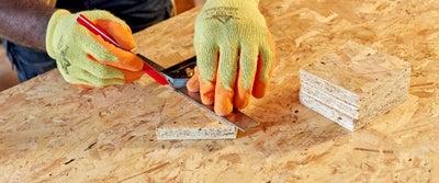 30.Measuring_timber.jpeg