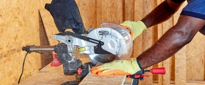 3.Cutting_timber.jpeg