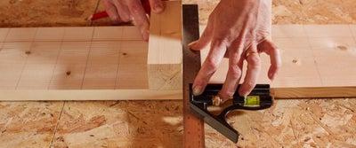 11.Measuring_timber.jpeg