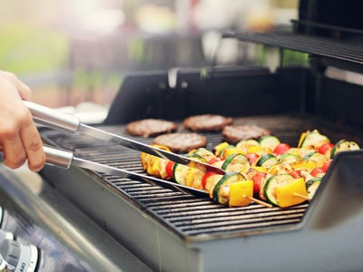 bbq_cooking_veggie_skewers_ABC_entertaining_outdoors.jpg