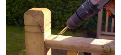 25.How-To-Fitting-the-Railing.jpeg