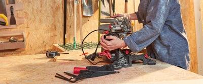 13.Cutting_timber.jpeg