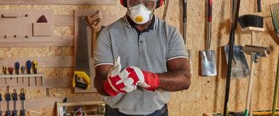 Step15_Man_Putting_on_Workgloves_for_DIY.jpeg
