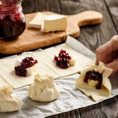 camembert_pastry_bites