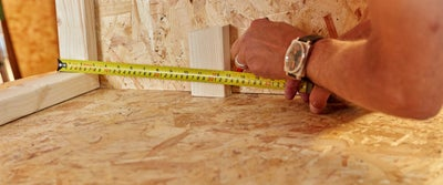 54.Measuring_timber.jpeg