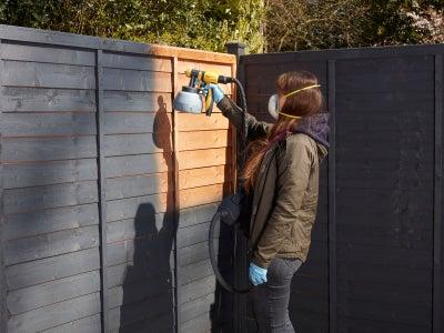 Fence_woodcare_desktop.jpeg