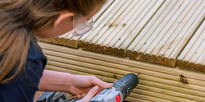 47.Wickes-Online-How-To-Lay-A-Deck-Adding-Fascia-Boards-Step-2.jpeg