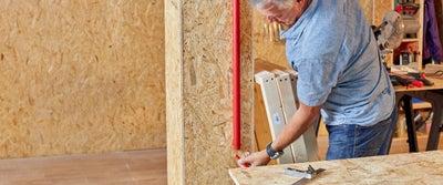 39.Measuring_timber.jpeg