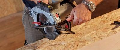 9.Cutting_timber.jpeg