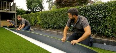 11.Laying_artificial_grass.jpeg