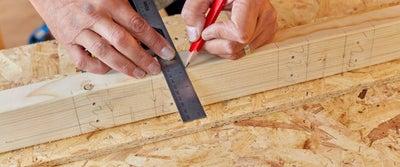 16.Measuring_wood.jpeg