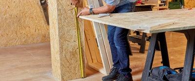 40.Measuring_timber.jpeg