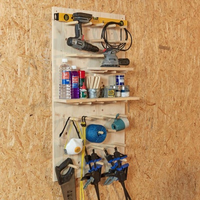 Workshop_pegboard