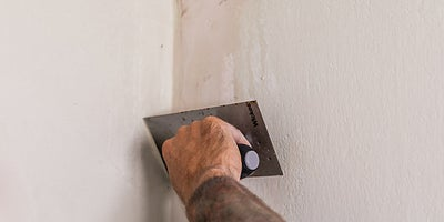 7.How-To-Repair-Walls-Patch-Plaster-7.jpeg