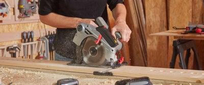 26.Cutting_timber.jpeg