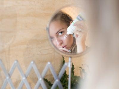 Bathroom vanity mirrors