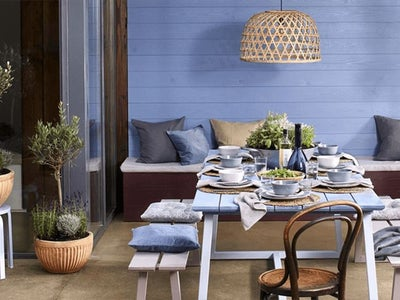 Outdoor_Dining_Wickes-Brandpages-inviting-theme-forgetmenot.jpeg