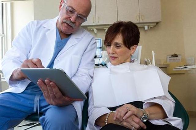 iPads and prosthodontics