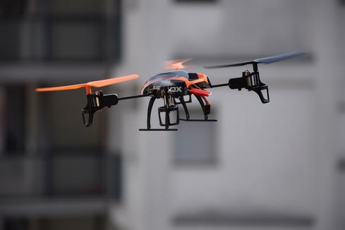 drone-674235_1920.jpg