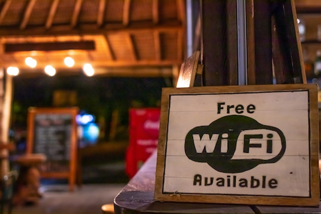 Public Wi-Fi: Approach With Caution(and a VPN)