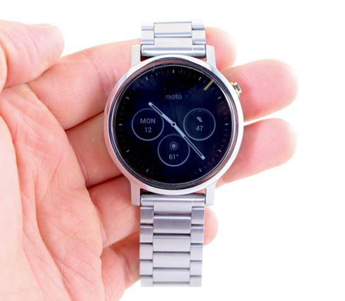 Motorola Moto 360 Review: A Worthy Second Act