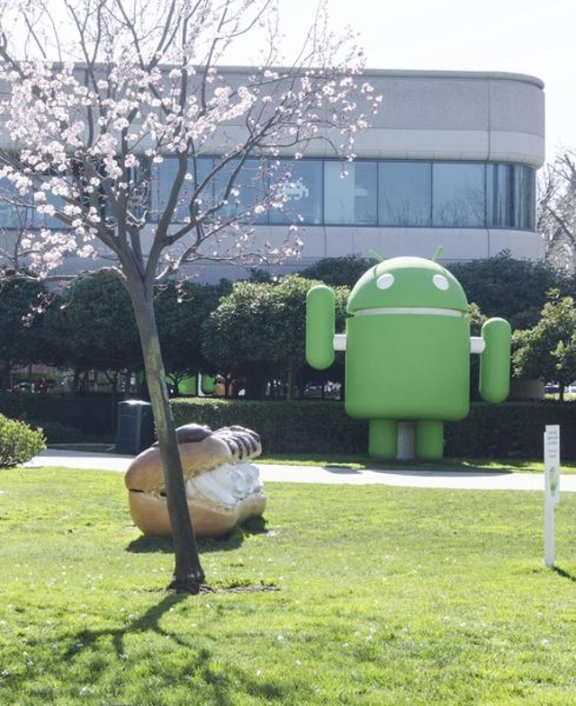 Android: Redefining the Mobile Market